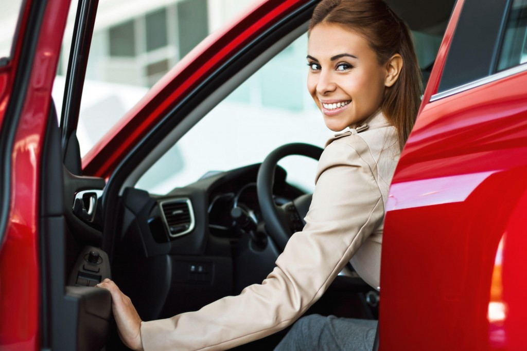 9 Tips On Buying A New Car For Women ~ Get The Lowest Price Possible
